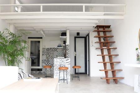 L'Indochine Studio @ Ben Thanh Market - Apartemen