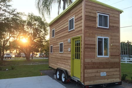 Disney/Legoland Lakeside TINYHOUSE! - Winter Haven