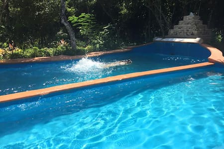 Beautiful Villa in the jungle 2km From the Beach - Apartment