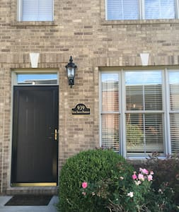 Beautiful Townhome for Breeders Cup - Lexington - Townhouse