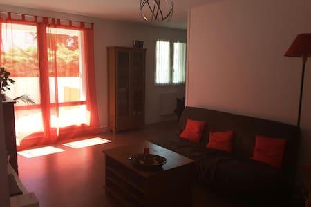 Appartement 100m2, 4 chambres - Wohnung