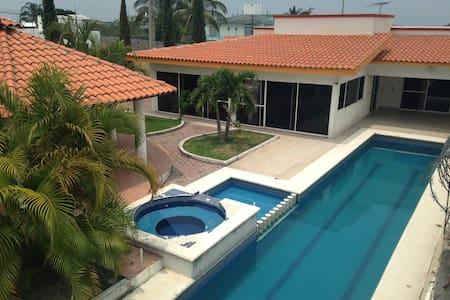 Casa de campo en Oaxtepec Morelos - Oaxtepec - Huis