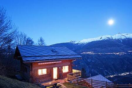 Large Chalet with Stunning Views - Hérémence - House