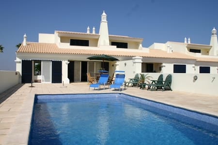 Luxury villa with swimming pool on a golf course - Castro Marim