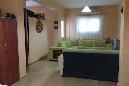 Very good flat at the center of Girne (Kyrenia) - Apartment