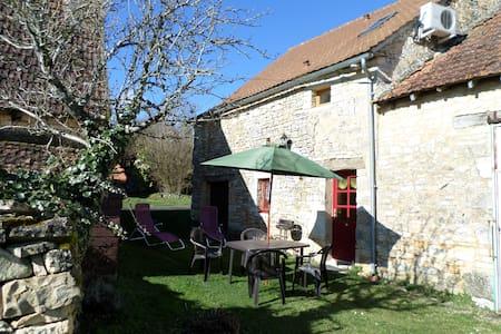 maison de village en pierres en  Périgord Noir - Florimont-Gaumier - Huis