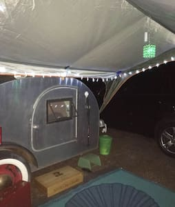 VINTAGE 1947 TEAR DROP TRAILER - Albany - Camping-car/caravane