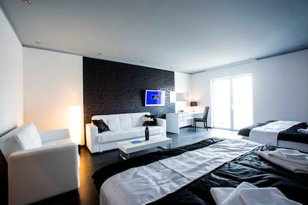 The Suites - Small Luxury Living - Vodice - Bed & Breakfast