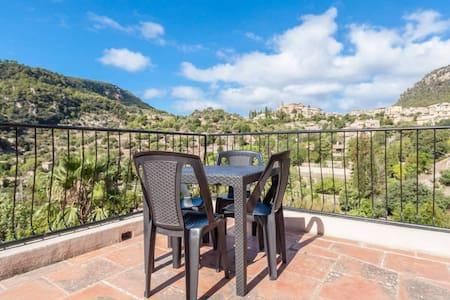 Beautiful apartment in Valldemossa - Casa