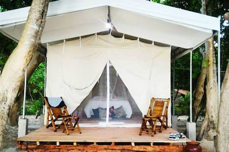Anguib Beach Club Glamping Tent - Santa Ana