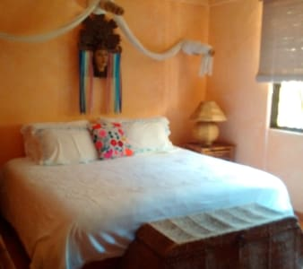 Global Village B&B-Mexican Dreams - Zihuatanejo - Bed & Breakfast