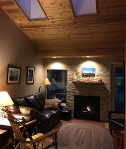 Lovely condo on Mt Hood/golf course - Welches - Condomínio