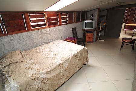 1 Bedroom Granny Flat - Port Vila - House