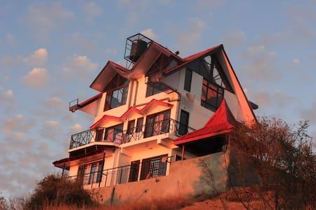 Luxury Cottage On A Mountain Top !! - Villa