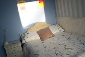 Picture of Cosy bedroom, Salisbury City Centre