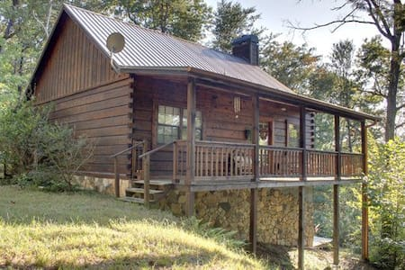 Room type: Entire home/apt Property type: Cabin Accommodates: 11 Bedrooms: 3 Bathrooms: 2