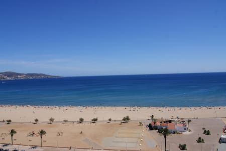 Apartamento 1a Linea / Vue Mer/ Sea View - WiFi - Empuriabrava