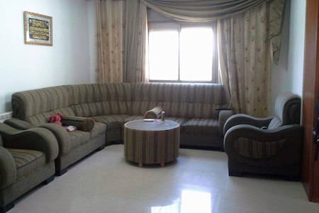 Room in Ramallah centre, Palestine - Ramallah