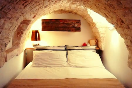 Magic Stone 2 Floors + Terrace WIFI - Ostuni - House