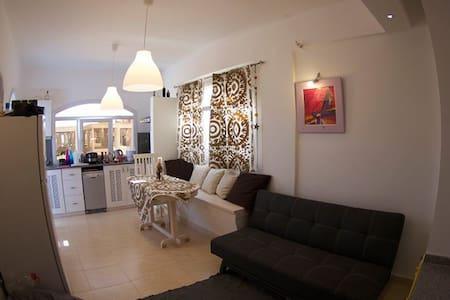 "Luxury 2 bedroom apartment in Villa ""Om"". - Lakás"