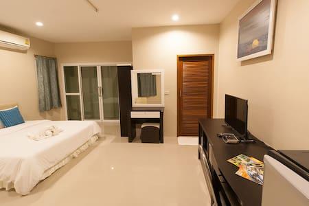 Sirin house Krabi town room 3 - paknam