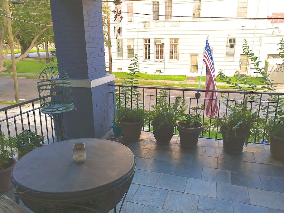 Front porch facing Canal St.