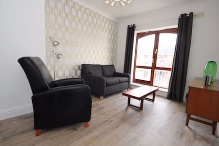 Superb Liberties 1 bed Apartment - Wohnung