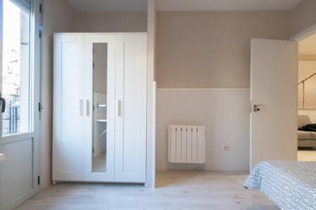 4 bedroom apart renewed, in fantastic neighborhood - Madrid - Apartment