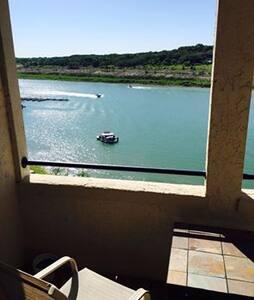 Lake Travis Condo Queen - Wohnung