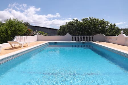 COZY HOUSE Private Pool - 2 rooms!!! Albufeira - Albufeira - Hus