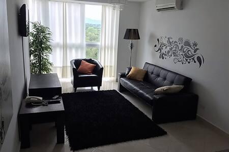 Apartamento en Playa Corona - Condominium