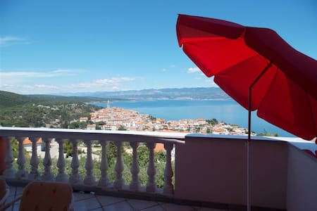 Apartment Nina,amazing view! - Vrbnik - Apartment