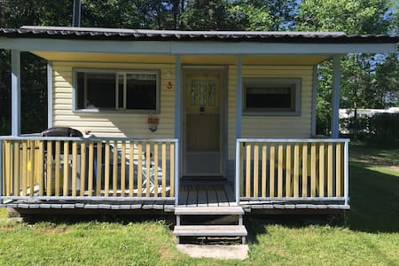 Cozy cottage in family campground - Wiarton - Cabin