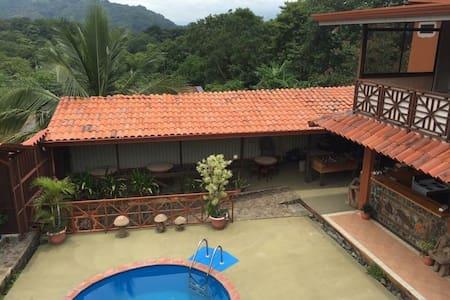 Quinta Escobal  / Casa Verano - Rumah