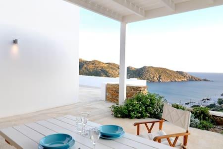 Theros apartments Mylopota Bay - Apartment