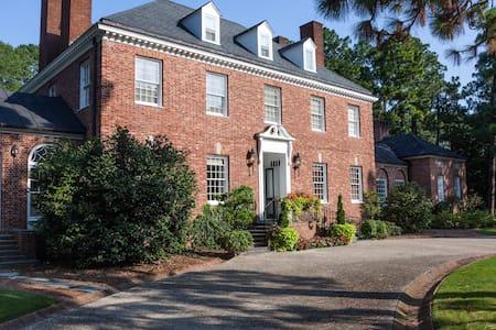 Homewood Estate - Ev