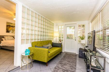 Las Olas tropical charmer, privacy and comfort - Fort Lauderdale - Guesthouse
