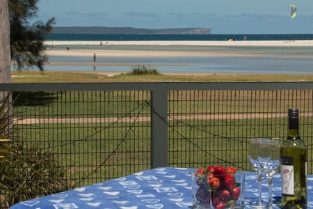 Stunning waterfront,family friendly - Huskisson - House