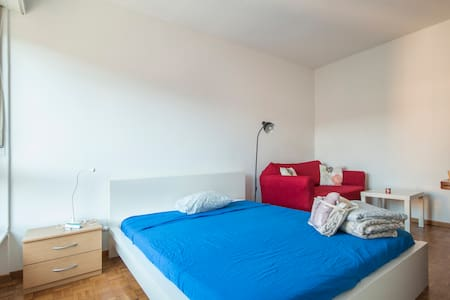 VERY CENTRAL APARTMENT IN LUGANO 5 MIN TO THE LAKE - Lugano - Apartment