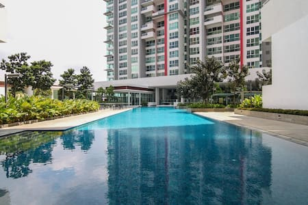 Luxury studio-16m KLCC; 43m KLIA; 13m MidValley - Apartment