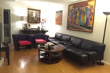 1Bd Apt in heart of Beverly Hills - Beverly Hills