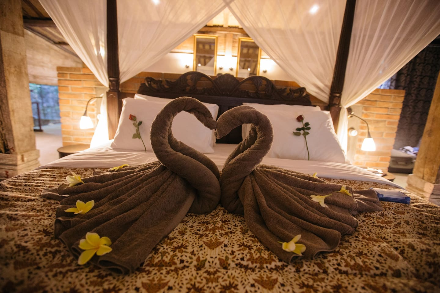 Romance is in the air in ALL FEBRUARY. Get your Valentine's sweetness and surprise her with a romantic getaway at Wahyu Villa Bali. All bookings in February will be entitled to COMPLIMENTARY in-villa massage upon arrival.