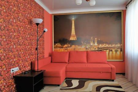 Уютный комфортный дом для отдыха. - Krasnodar - Rumah