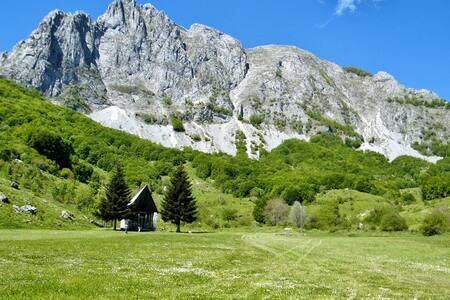 Home in wild Garfagnana - House