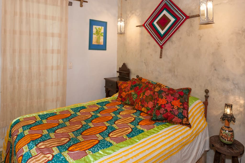 Ojo de dios casa del jard n bed breakfasts for rent for Casa jardin sayulita