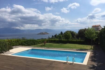 Villa with a pool at Skorponeria - Villa