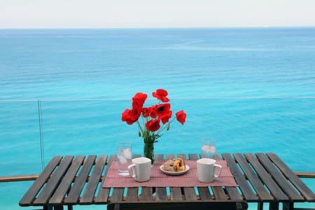 Milos Paradise Private Villa Arenaria - Agios Nikitas - Villa