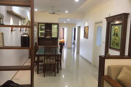 FULLY FURNISHED/3AC ROOMS APARTMENT - Kochi