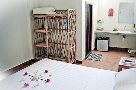 Delightful room for two in Battambang - Guesthouse
