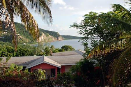 Montserrat Surf Villa - Villa